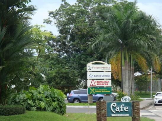 Centro Comercial Embassy Club , Clayton - PAN (photo 4)