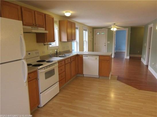 Condominium - Westbrook, ME (photo 4)