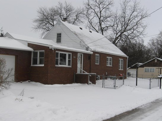1.5 Story, Single Family Residence - CARTER LAKE, IA (photo 2)