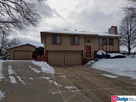 Split Entry, Single Family Residence - Bellevue, NE