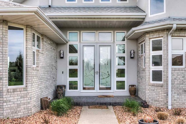Detached Housing, 2 Story - Fremont, NE (photo 2)