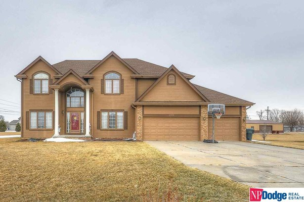 Single Family Residence, 2 Story - Blair, NE