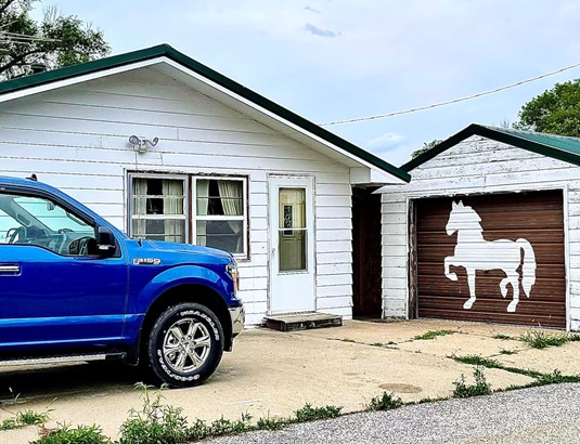 Single Family Residence, Ranch - OAKLAND, IA