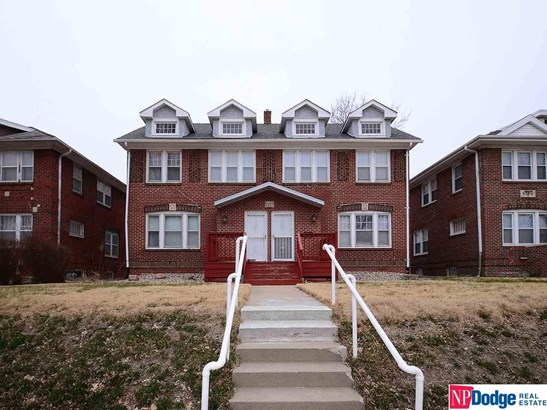 Attached Housing, 2 Story - Omaha, NE (photo 5)