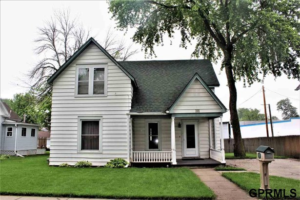 Single Family Residence, 2 Story - Logan, IA