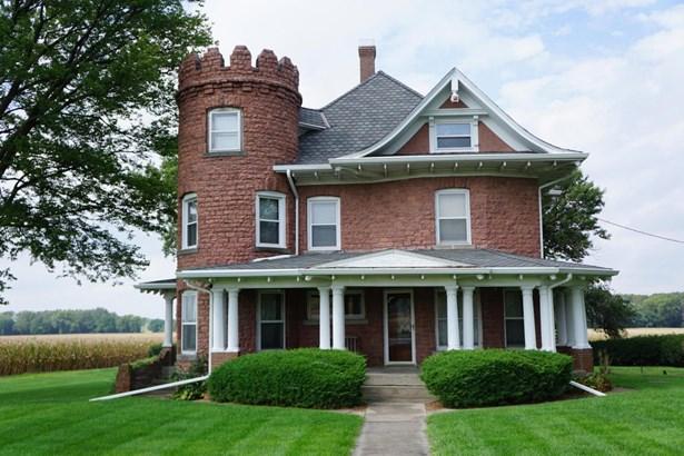 Single Family Residence, 2.5 Story - OAKLAND, IA (photo 1)