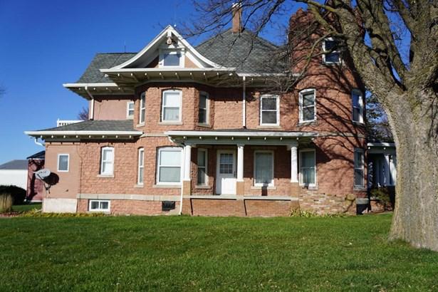 Single Family Residence, 2.5 Story - OAKLAND, IA (photo 4)