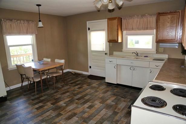 Single Family Residence, Ranch - GLENWOOD, IA (photo 5)