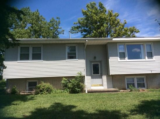 Split Entry, Single Family Residence - CARSON, IA (photo 3)