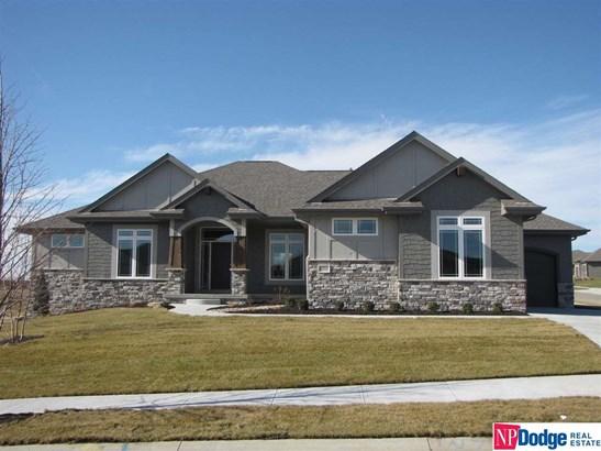 Attached Housing, Ranch - Gretna, NE (photo 1)