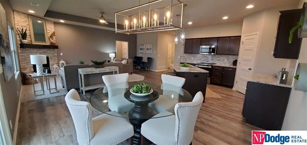 Single Family Residence, 1.0 Story/Ranch - Fremont, NE