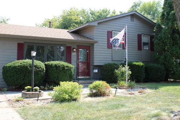 Single Family Residence, Multi-Level - OMAHA, NE (photo 1)