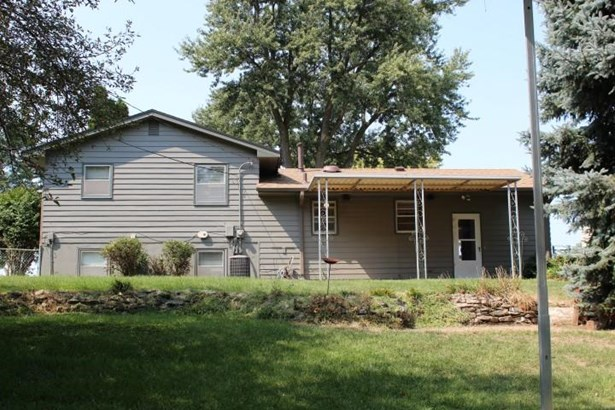 Single Family Residence, Multi-Level - OMAHA, NE (photo 3)