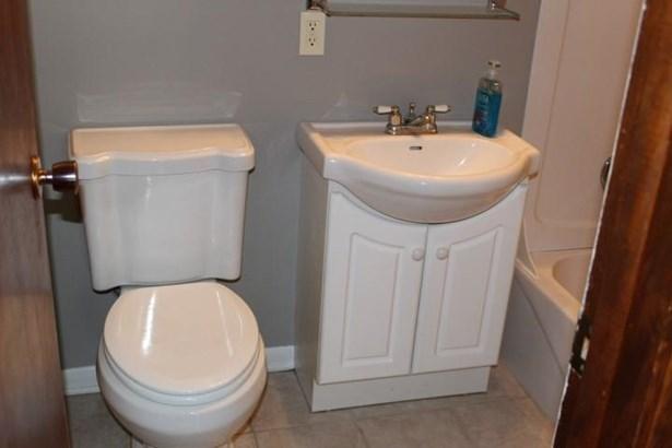 Single Family Residence, Multi-Level - OMAHA, NE (photo 5)