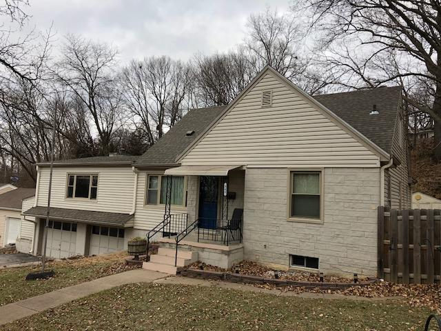 1.5 Story, Single Family Residence - COUNCIL BLUFFS, IA (photo 4)