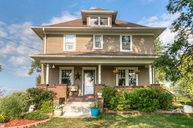 Single Family Residence, 2 Story - HARLAN, IA (photo 2)