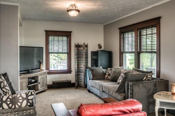 Single Family Residence, 2 Story - HARLAN, IA (photo 5)