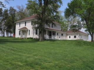 Single Family Residence, 2 Story - LOGAN, IA (photo 1)