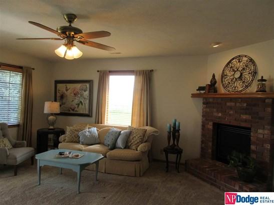 Attached Housing, Ranch - Blair, NE (photo 4)