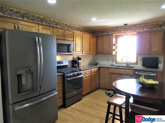 Attached Housing, Ranch - Blair, NE (photo 5)
