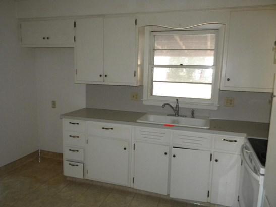 Single Family Residence, Multi-Level - BELLEVUE, NE (photo 5)