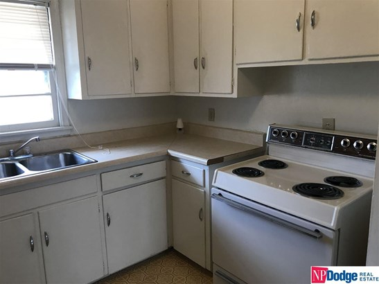 Attached Housing, Condo/Apartment Unit - Omaha, NE (photo 4)
