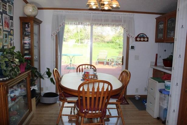 Single Family Residence, Ranch - LOGAN, IA (photo 4)