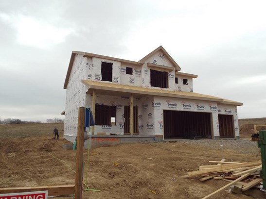 Single Family Residence, 2 Story - COUNCIL BLUFFS, IA (photo 1)
