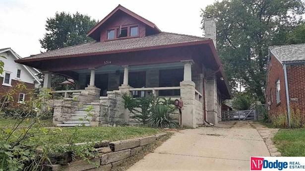 Attached Housing, 1.5 Story - Omaha, NE (photo 1)