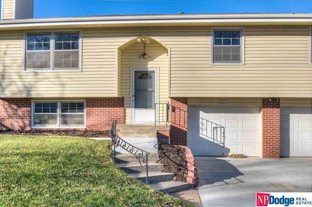 Detached Housing, Split Entry - Omaha, NE (photo 2)