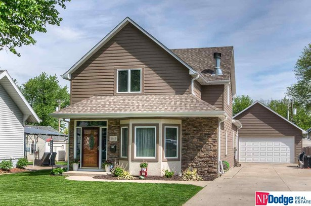 1.5 Story, Detached Housing - Blair, NE (photo 1)
