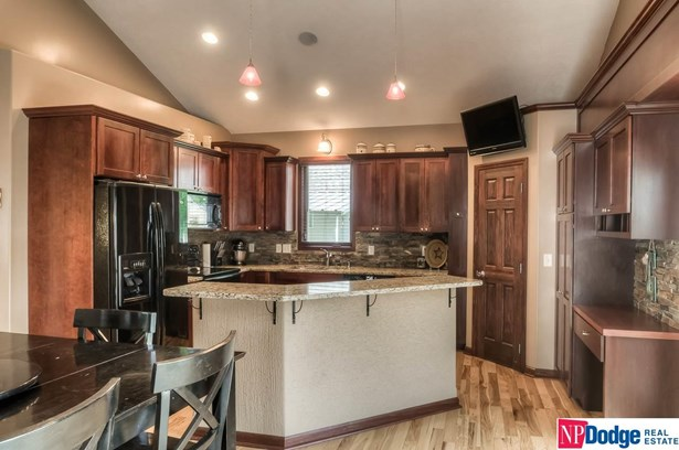 1.5 Story, Detached Housing - Blair, NE (photo 3)