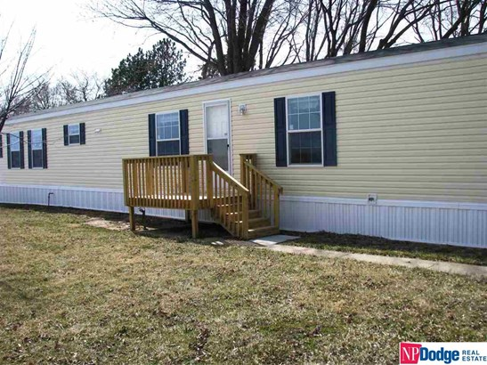 Mobile Home, Detached Housing - Blair, NE (photo 3)
