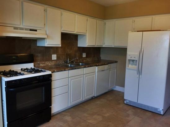 Single Family Residence, Ranch - CARTER LAKE, IA (photo 3)