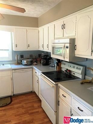 Detached Housing, Multi-Level - Omaha, NE (photo 3)