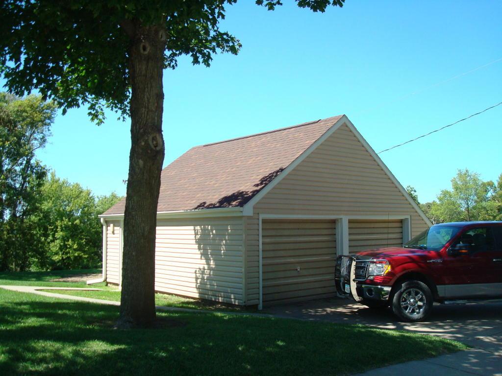 Single Family Residence, 2 Story - OAKLAND, IA (photo 3)