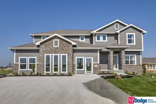 Single Family Residence, 2 Story - Bennington, NE