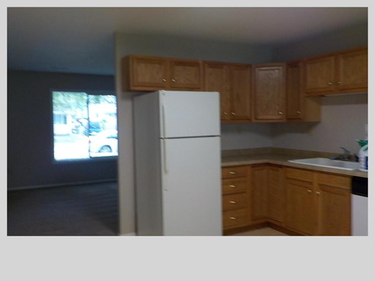 Single Family Residence, Ranch - CARTER LAKE, IA (photo 5)