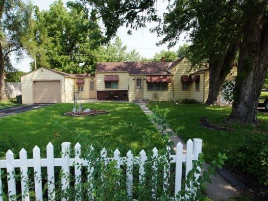 Single Family Residence, Ranch - CARTER LAKE, IA (photo 2)