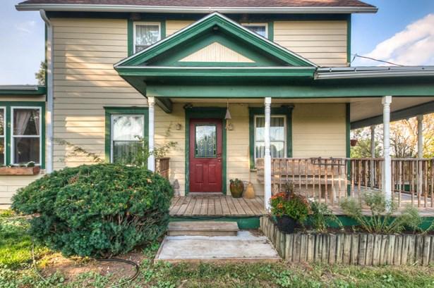 Single Family Residence, 2 Story - SIDNEY, IA (photo 2)