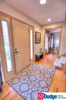 Detached Housing, 2 Story - Fremont, NE (photo 3)