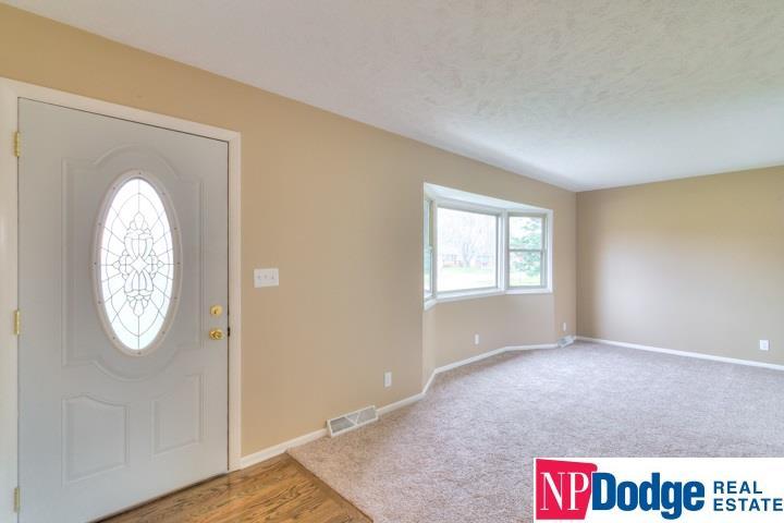 Detached Housing, Multi-Level - Fremont, NE (photo 2)