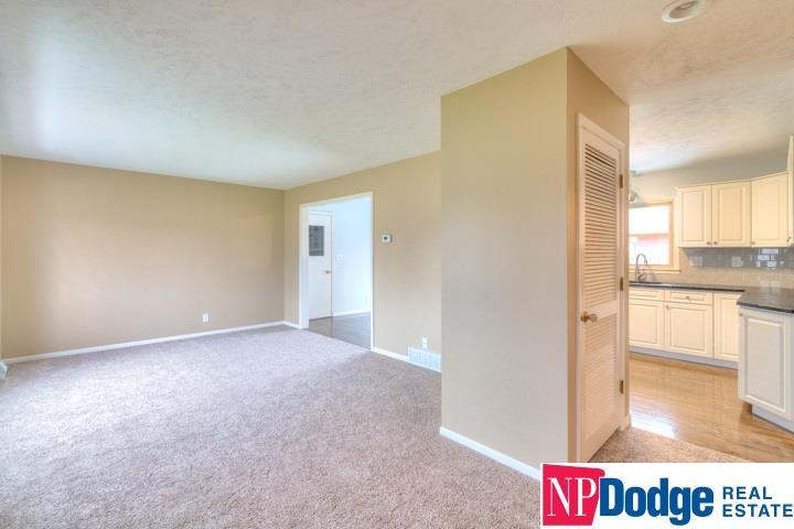 Detached Housing, Multi-Level - Fremont, NE (photo 4)