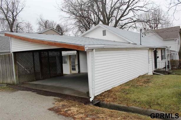 Detached Housing, Ranch - Missouri Valley, IA (photo 4)