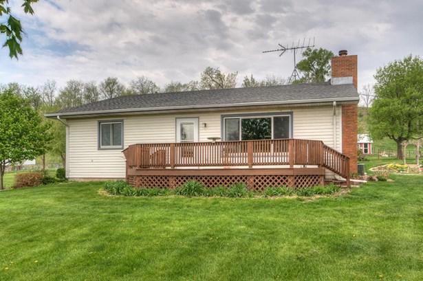 Raised Ranch, Single Family Residence - PISGAH, IA