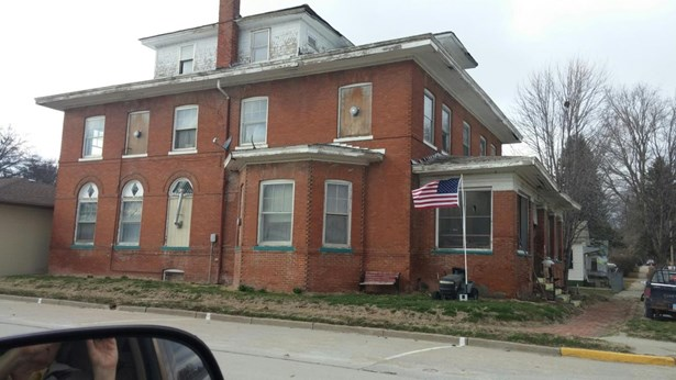 Rooming House - EMERSON, IA (photo 3)