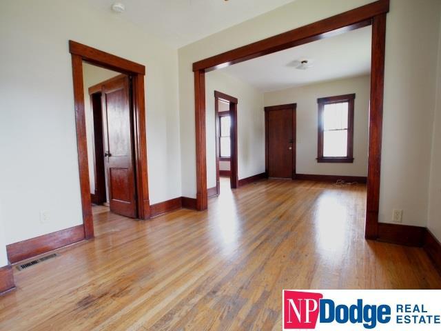 Detached Housing, Bungalow - Omaha, NE (photo 3)