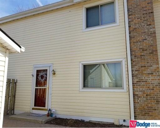 Attached Housing, Condo/Apartment Unit - Bellevue, NE (photo 1)