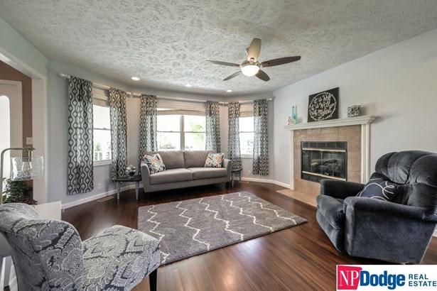 Detached Housing, 2 Story - Kennard, NE (photo 4)