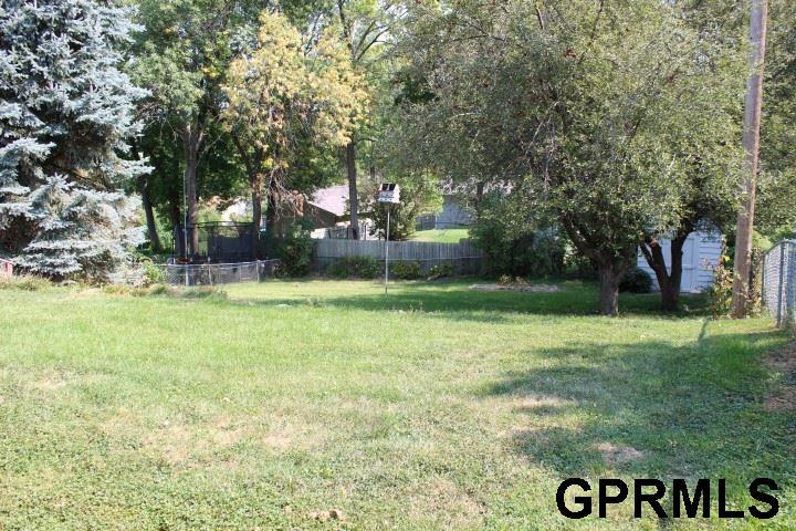 Detached Housing, Multi-Level - Omaha, NE (photo 4)